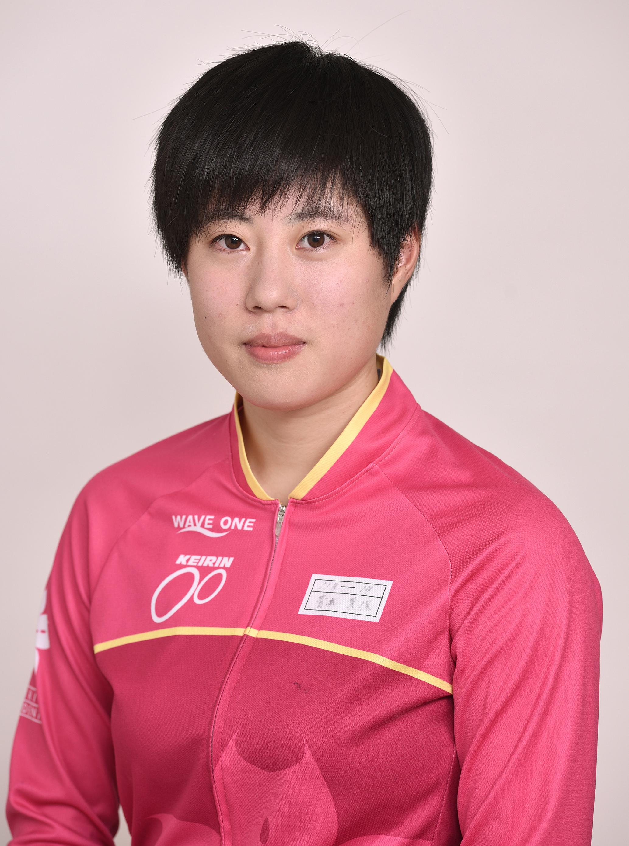 青木 美保選手の顔写真